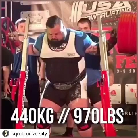 "Et godt eksempel på hvorfor det er så viktig å puste godt og ikke minst RIKTIG._________________________________#Repost @squat_university• • • • •Why are breathing mechanics so important? Watch how Kelly gets set after walking out the tremendous weight, takes a few breaths before then taking one last large breath before starting his squat. Think about this …if you place a full unopened can of soda on the ground and attempt to stand on it, it remains strong and doesn't crumble. This is because the pressure inside the can gives it strength and stability..When you take a big breath, think ""fill the tank"" and push your breath into your gut. This increases intra abdominal cavity volume so when you hold your breath and brace your core, you create a crazy amount of stability, activating your body's ""natural weightlifting belt.'?.If you let your air out before you pass the sticking point of the ascent (about half way up for most people), it's like turning the nozzle of the tank and draining stability. Think about what happens if you open a can of soda, drain it, and then trying to stand on it again…obviously it's instantly crushed as the pressure is taken away..If you don't take a big enough breath OR you let it out too early, it can lead to energy leaks that drain power and increase forces on the spine (leading to potential injury). Turn your sound on and listen to Kelly's breathing mechanics on this 780 lb squat for 3 reps.??‍♀️.Shout out to @great_white_north_juggernaut for the collaboration in making today's post, to @si_tatt7 for giving me the soda can analogy, and @3d4medical for the visual of the body from their app Complete Anatomy.?.To read more on breathing mechanics, check out the blog article linked in my bio___________________________________________This is the 231st #SquatUclub eligible post!! Remember everyday - ""like,"" & comment using the hashtag #squatUclub ASAP and I'll pick one person to start working with on whatever help you need (squat technique, an achy hip with deadlifts, etc). TURNING ON post notifications at the top of my profile (click the •••) will help you be first in line each day!"