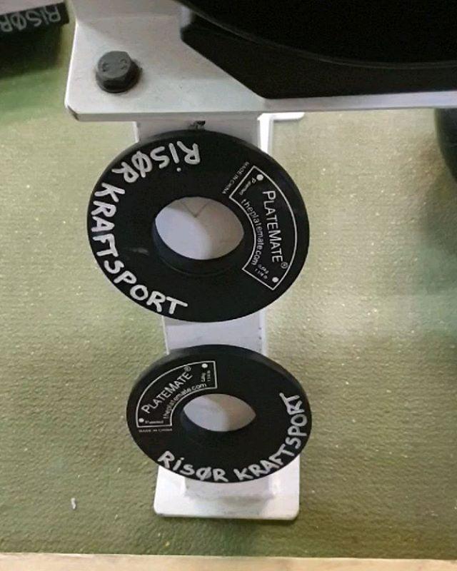 Både manualer og kabelstativer har store vekthopp som ofte gjør det vanskelig å øke i vekt. Her på @risorkraftsport har vi løst problemet #gymhack